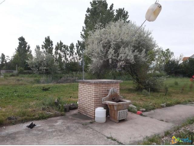 Kukja vo Petrovec | Oglasi| Pazar5.mk |Огласи